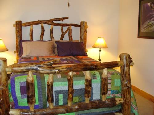 Photo of Engen Hus Bed and Breakfast