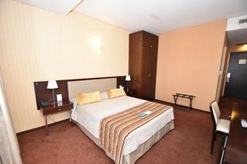 Hotel Tower Inn & Suites - фото 1