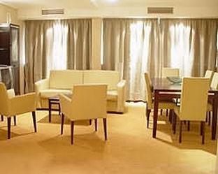 Hotel Tower Inn & Suites - фото 11