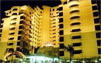 Гостиница «Kondo Istana», Куа
