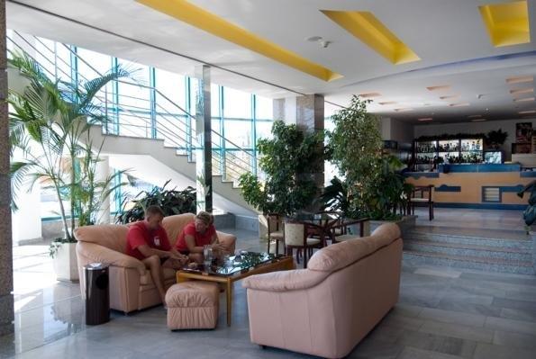 Bourgas Beach Hotel - Все включено - фото 9