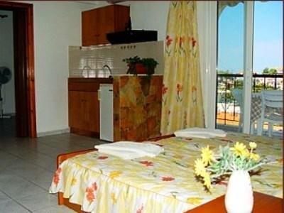 Гостиница «Agnanti», Неос Мармарас