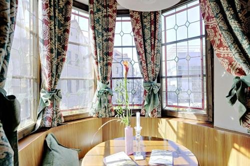 Hotel Schwarzer Adler Innsbruck - фото 18