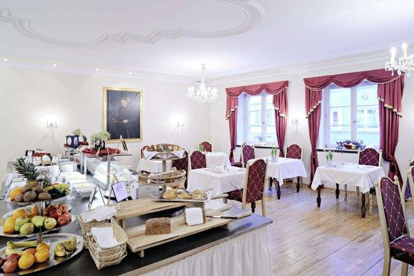 Hotel Schwarzer Adler Innsbruck - фото 4