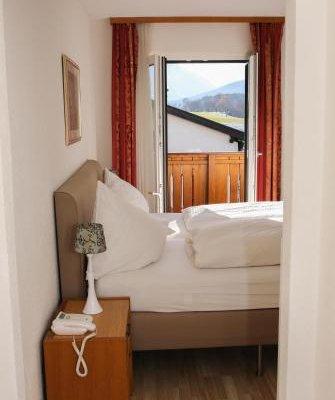 Hotel Sonnenhof Bed & Breakfast - фото 4