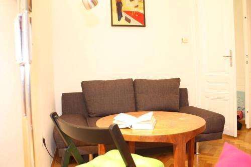 Homelike City Apartment - фото 11