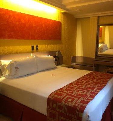 Hotel Guadalajara - фото 3