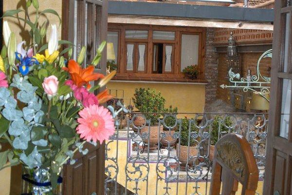 Hotel La Casa de las Rosas - фото 13