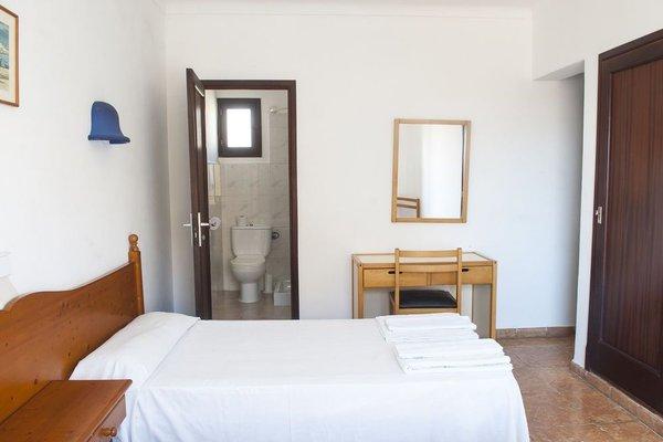 Louty Casa Esteva Hostel - фото 3
