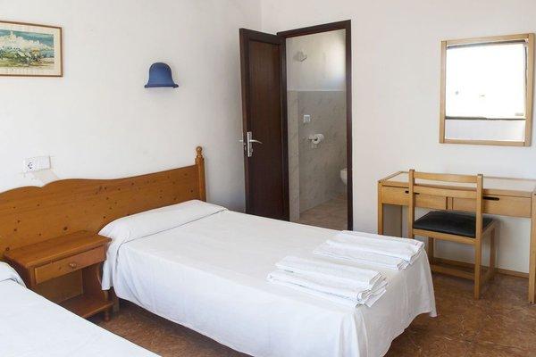 Louty Casa Esteva Hostel - фото 9
