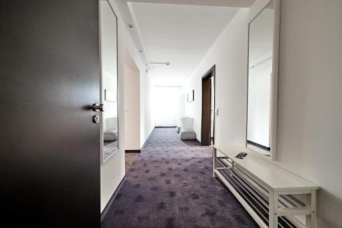 IAT PLAZA Hotel - фото 16