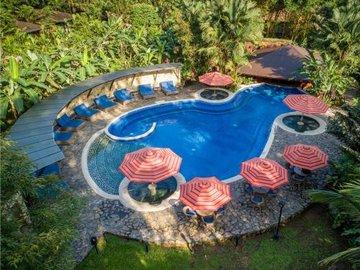 Rio Celeste Hideaway Resort