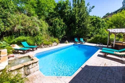 Z & X Holiday Villas - Miliou Area - фото 20