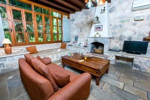 Z & X Holiday Villas - Miliou Area - фото 5