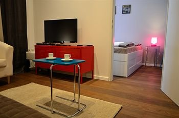 Smart Urban City Apartment - фото 18
