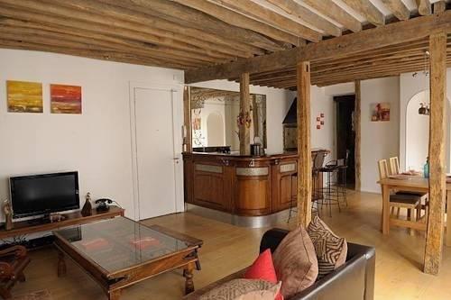 Typical Apartment - Paris City Centre - фото 5