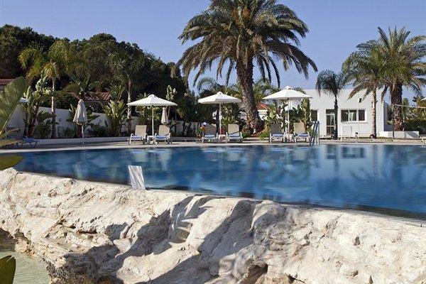 Christofinia Hotel - фото 50