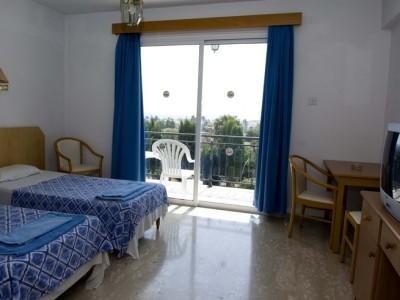 Fedrania Gardens Hotel - фото 1
