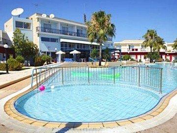 Fedrania Gardens Hotel - фото 22