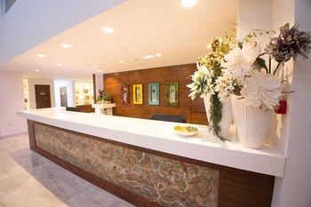 Nicholas Color Hotel - фото 13