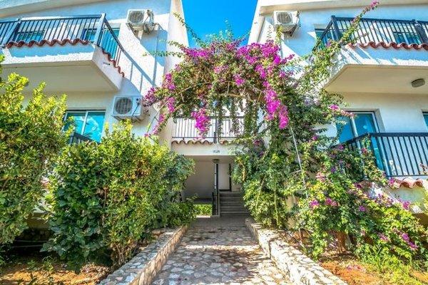 Aphelandra Hotel Apartments - фото 17