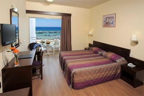Okeanos Beach Hotel - фото 1
