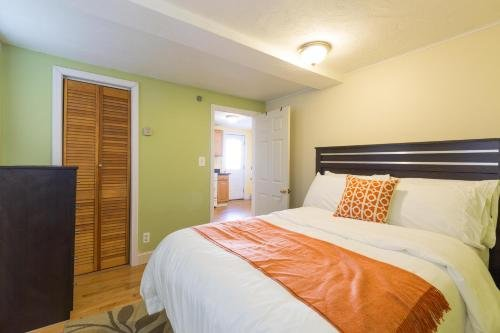 Photo of 1 Bedroom Apartments Near Kendall Square