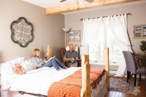 Photo of Pueblo Canyon Inn