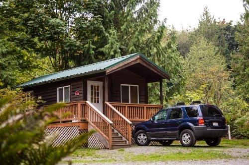 Photo of Mount Vernon Camping Resort Studio Cabin 5