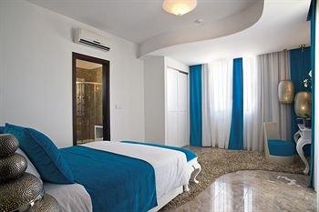 Louis Althea Kalamies Luxury Villas - фото 1