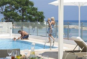 Louis Althea Kalamies Luxury Villas - фото 20