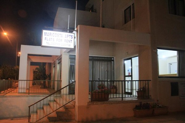 Maricosta Apartments - фото 13
