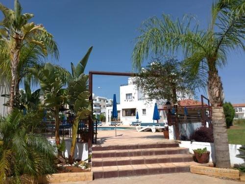 Maricosta Apartments - фото 22