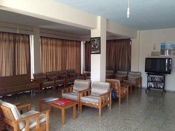 Maricosta Apartments - фото 7