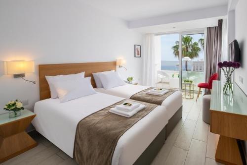 Kokkinos Hotel Apartments - фото 2