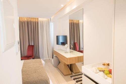 Kokkinos Hotel Apartments - фото 6