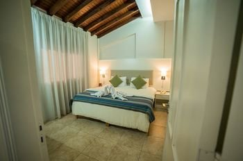 MyroAndrou Hotel Apartments - фото 1