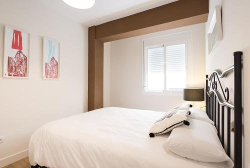 Malagasuite Showroom Apartments.Merced.Center - фото 1