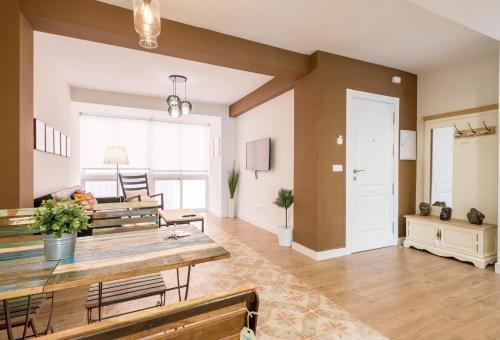 Malagasuite Showroom Apartments.Merced.Center - фото 15