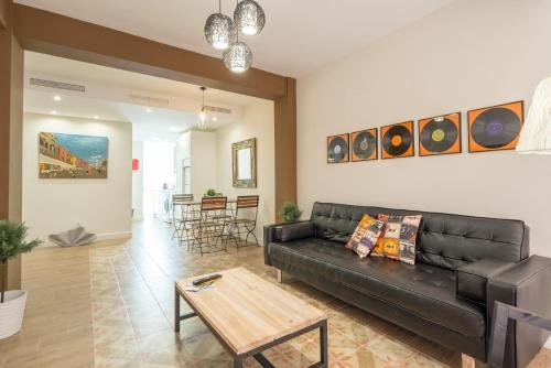 Malagasuite Showroom Apartments.Merced.Center - фото 5