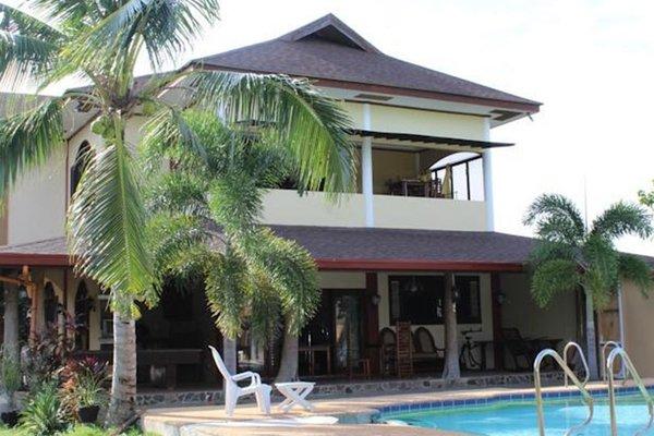Гостиница «Eduardos Place», Libaong