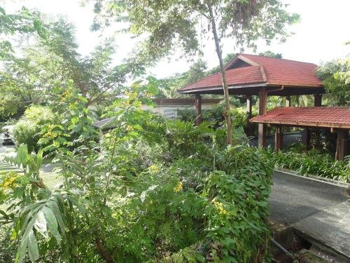Perdana Beach Resort - фото 16