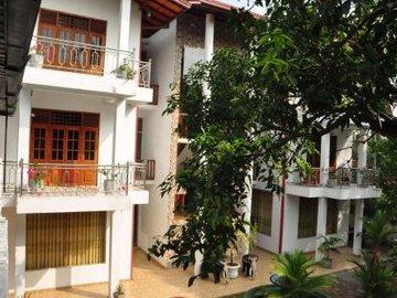 Papaa Palace