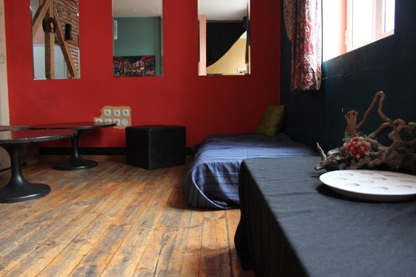 Gramophone Hostel - фото 2