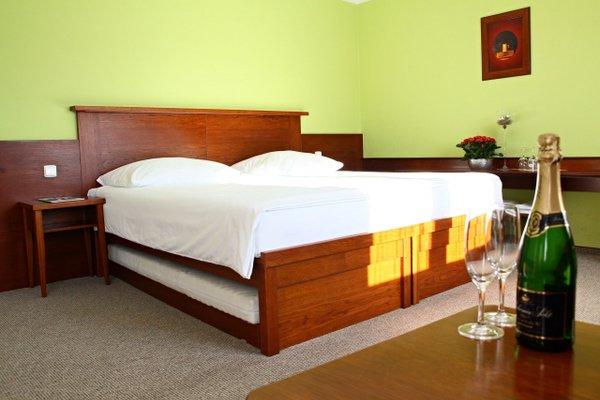 Hotel Baltaci Zlin - фото 3