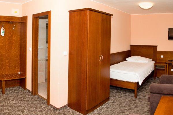 Hotel Baltaci Zlin - фото 4