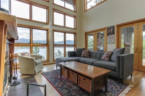 Photo of Starling Lake House