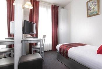 Agate Hotel - фото 1