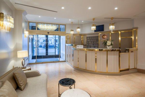 Azur Hotel - фото 17