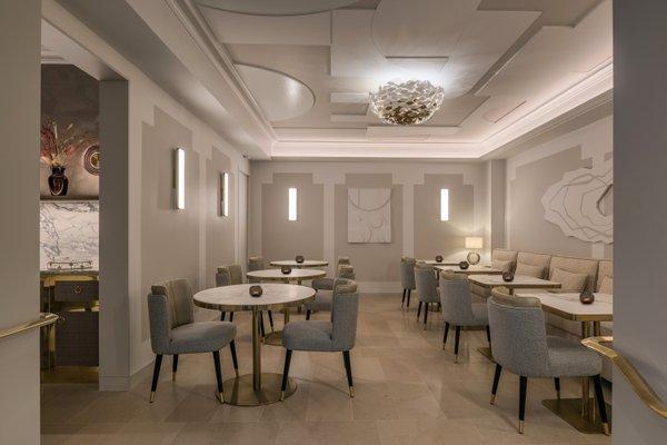 Azur Hotel - фото 11